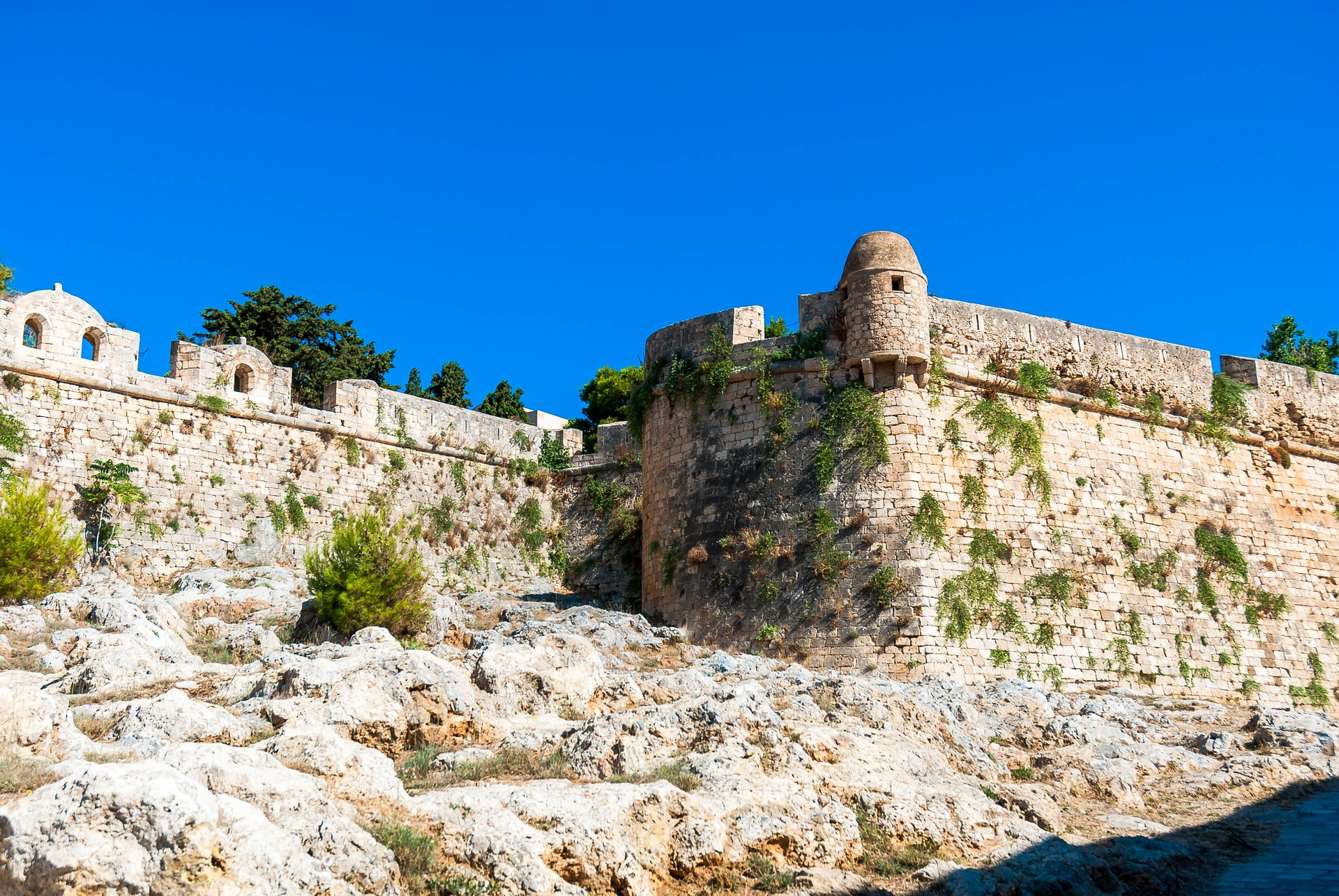 A Visit To The Museums Of  Rethymno