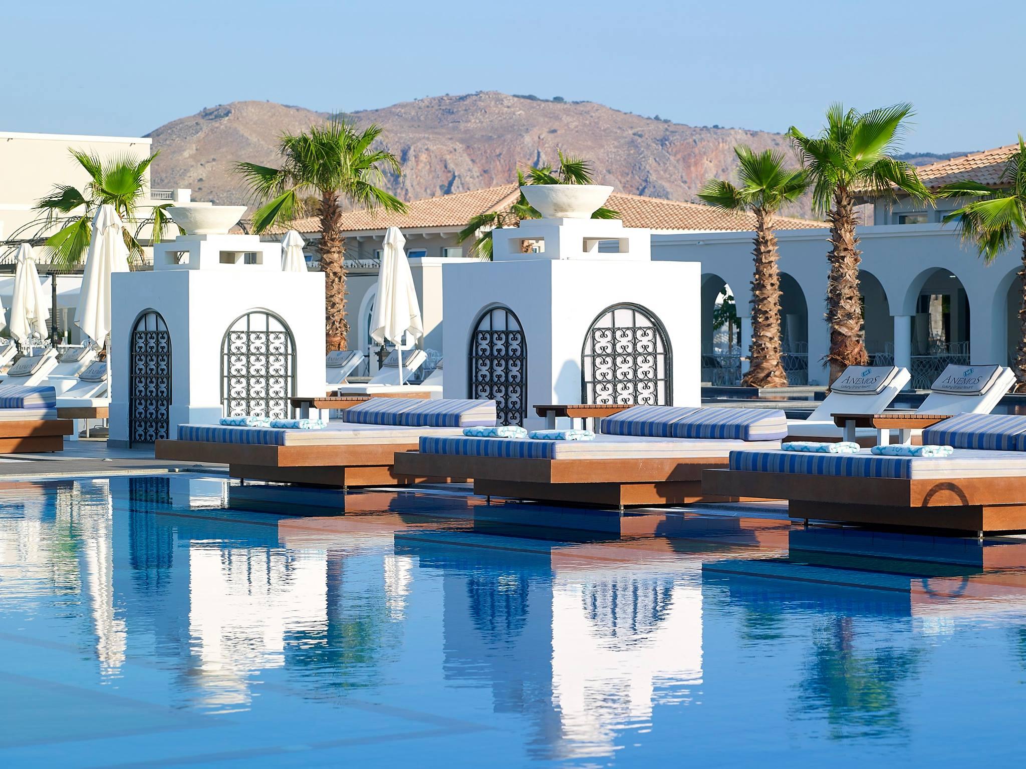 Summer Paradise: Anemos Luxury Grand Resort