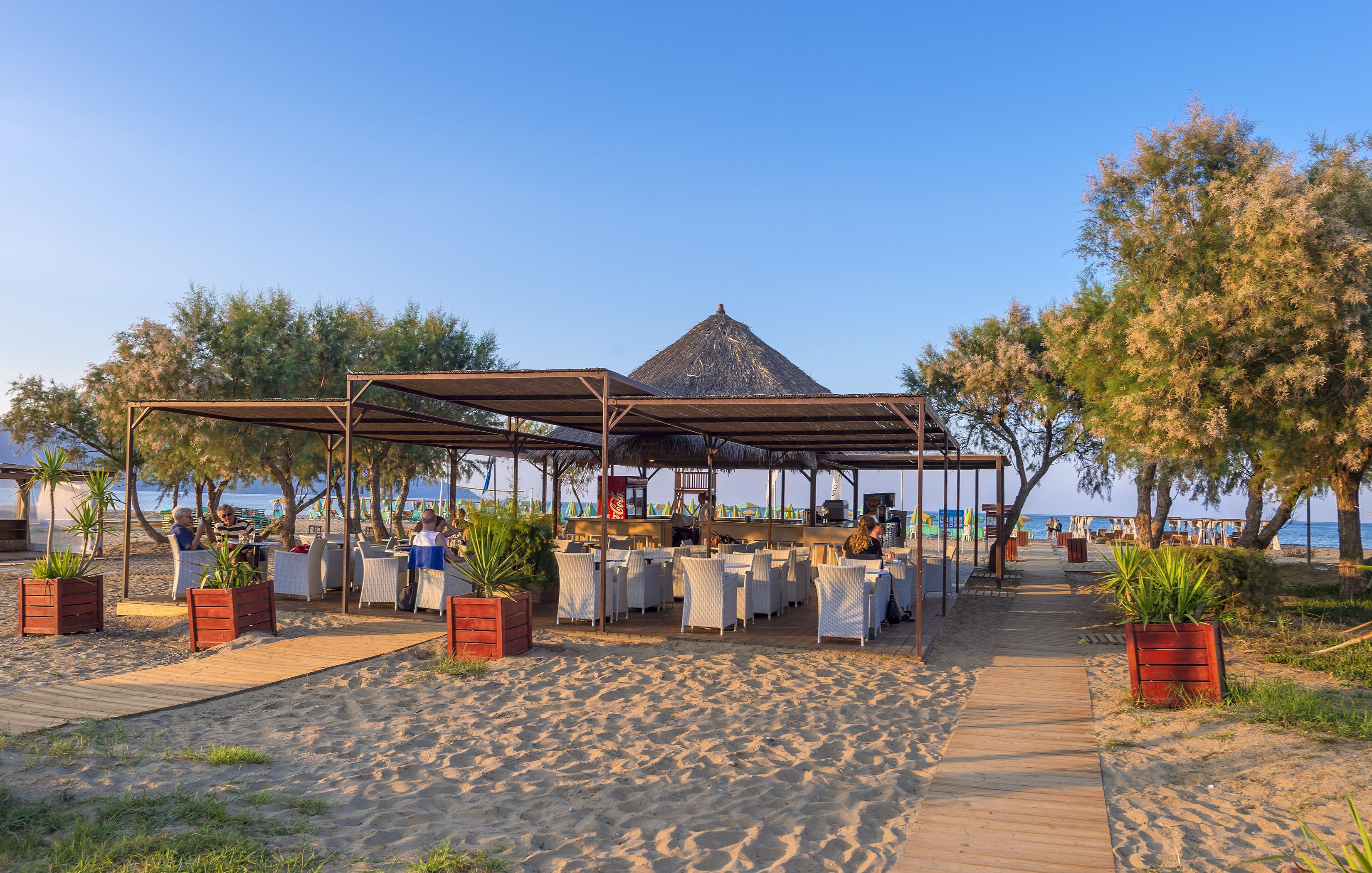 Siroco Beach Bar at Mythos Palace Resort & Spa in Georgioupolis