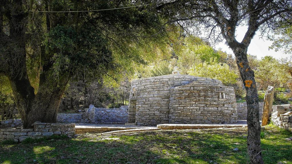 Agios Yakinthos